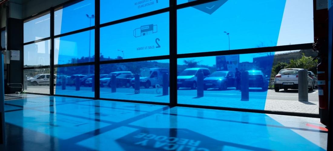 Rotulaciones exteriores en tiendas Decathlon